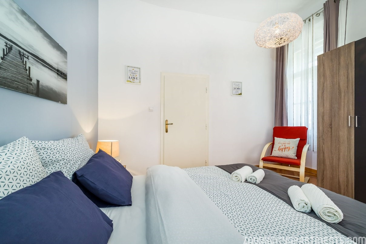 The Bright Decorated Apartment VOYAGE, Furnished In A Luxurious And  Minimalist Style Is Conveniently Located In The Heart Of Zadar City Centre.